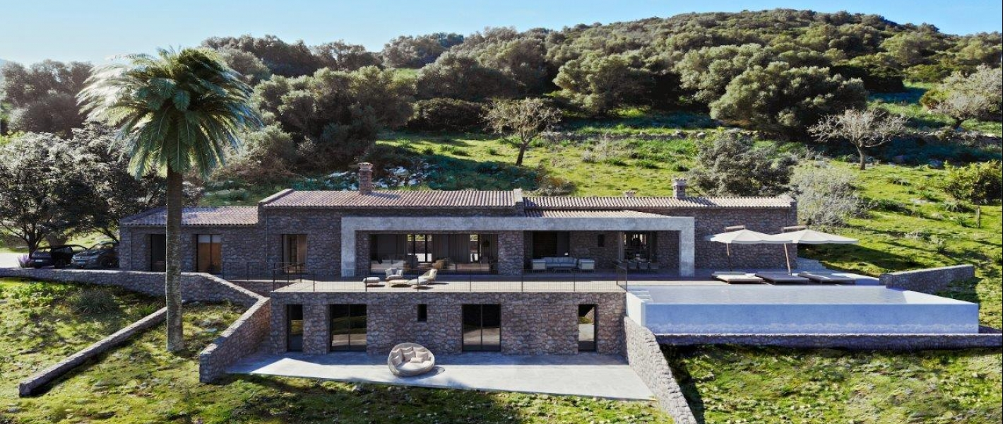 Rustic terrain with building project that offers spectacular sea views