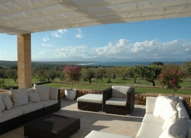 Rustic finca, 1300 m from the sea, offering breathtaking views.
